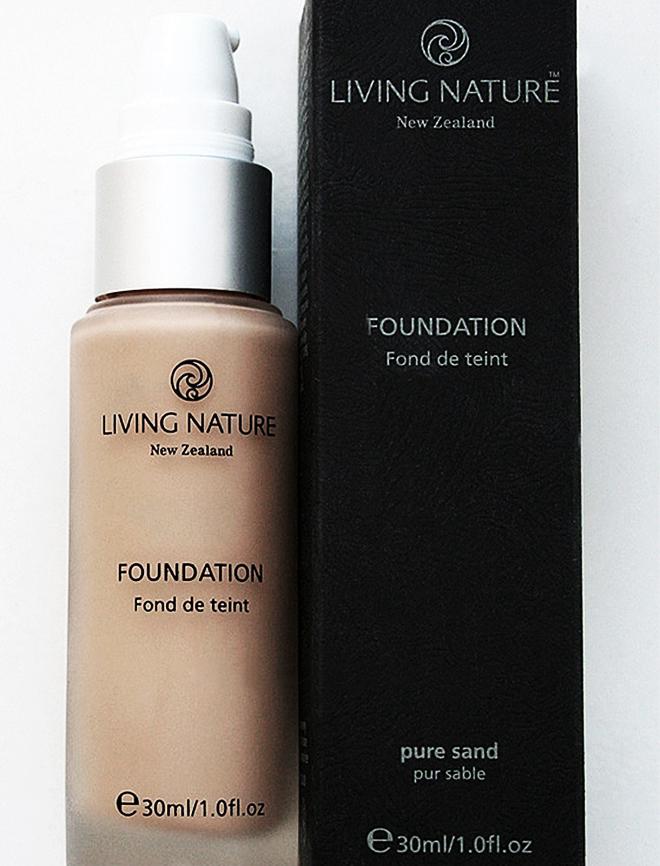 Living Nature Liquid Foundation In Pure Sand