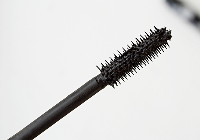 Lavera Butterfly Effect Black Mascara Brush