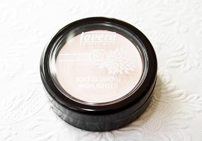 Lavera Soft Glow Organic Highlighter in Shining Pearl