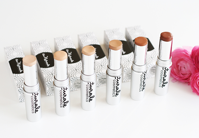 Au Naturale Organic Creme Foundation Sticks