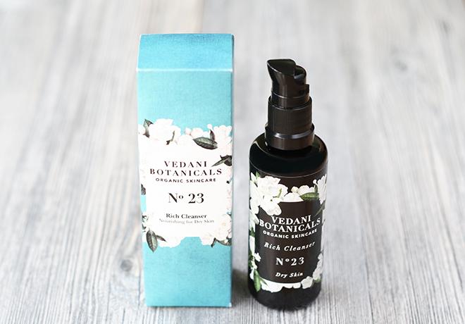 Vedani Botanicals Organic Rich Cleanser