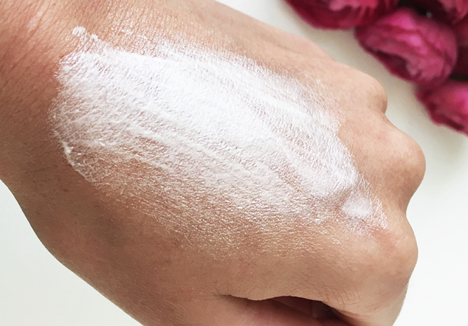 lavera-natural-illuminating-eye-cream