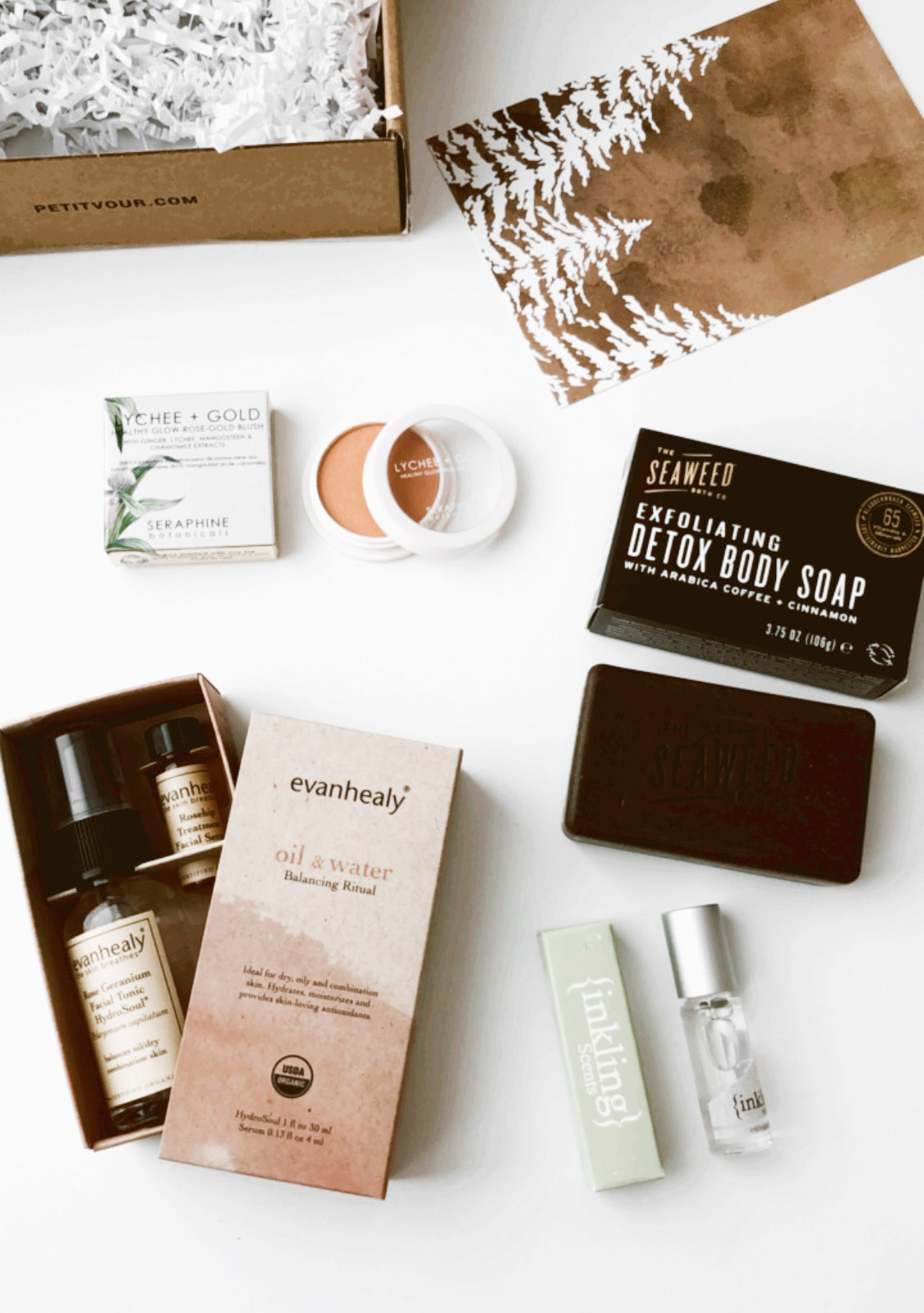Petit-Vour-Vegan-Beauty-Box-January-2021-1