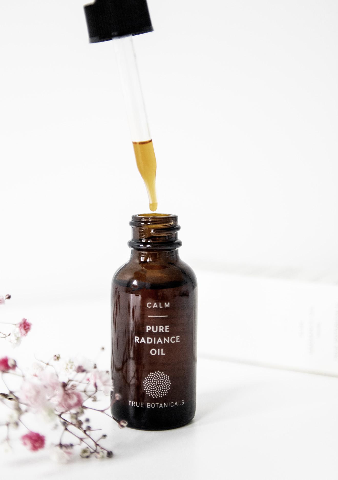 True Botanicals Organic Calm Pure Radiance Oil