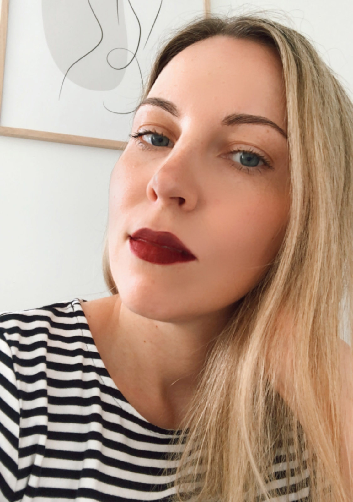 Johnny Concert Maudit Mad Moiselle Organic Matte Lipstick swatches