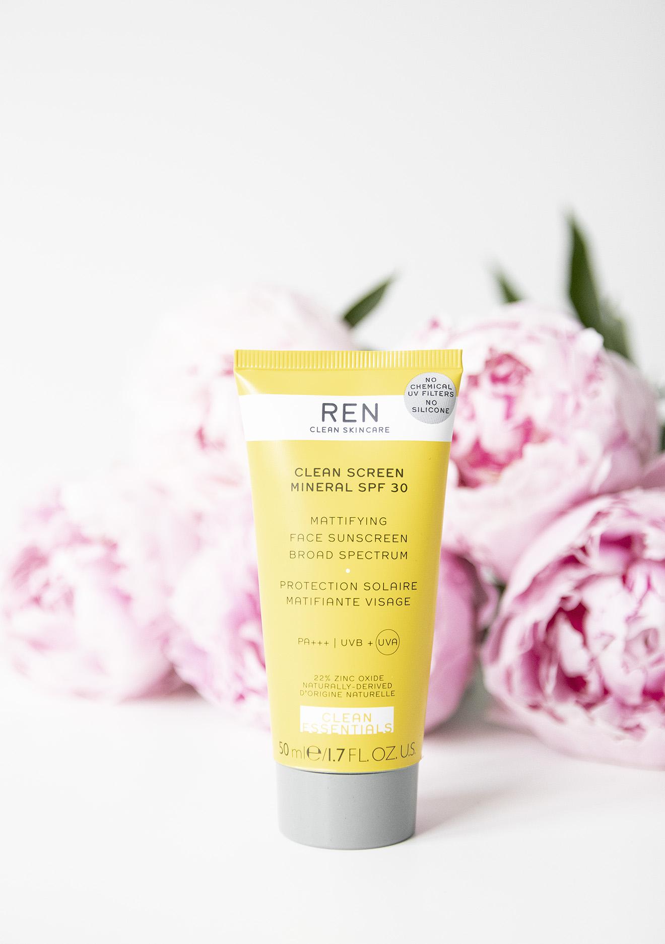 REN Clean Screen Mineral Spf30 Mattifying Face Sunscreen